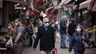 المحكمة العليا الإسرائيلية تأمر بمراقبة إجراءات التعقب التكنولوجي المرتبطة بفيروس كورونا