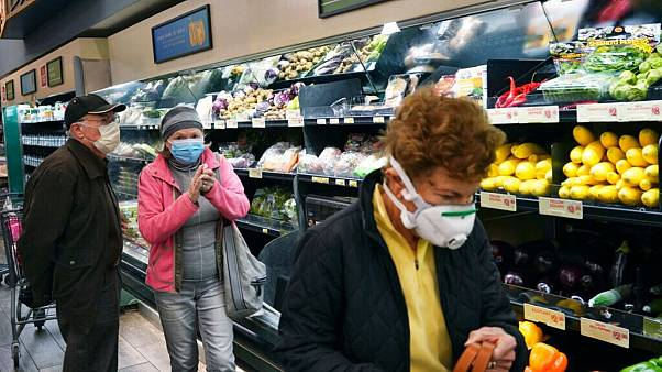 هراس از کرونا؛ تعیین ساعت ویژه خرید برای افراد مسن در آمریکا و اروپا