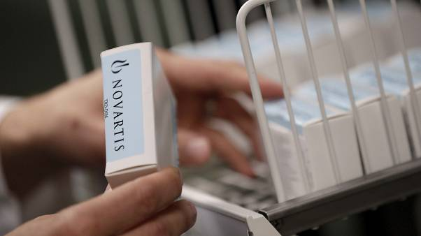 مختبر نوفارتيس يقدم 130 مليون جرعة كلوروكين لمكافحة كورونا