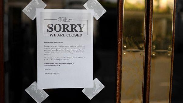 """""""Last order!"""" Britische Pubs wegen Covid-19 geschlossen"""