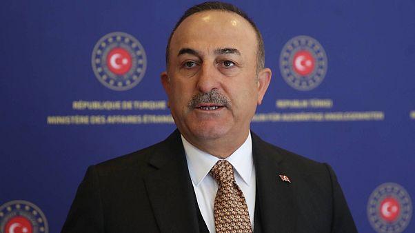 Dışişleri Bakanı Mevlüt Çavuşoğlu, 7 ülkeden 3 bin 358 öğrenci Türkiye'ye getirilecek