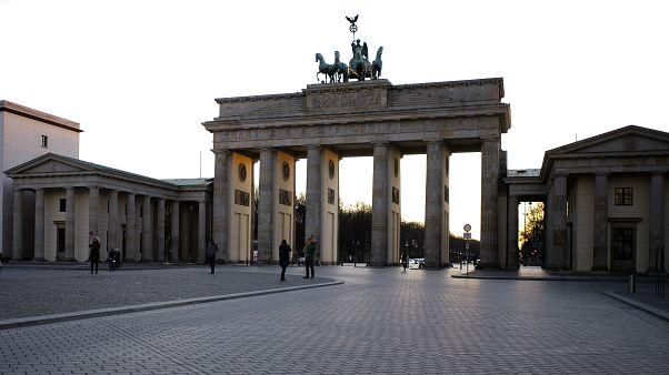 Almanya, Fransa'dan koronavirüs hastası kabul edebileceğini açıkladı