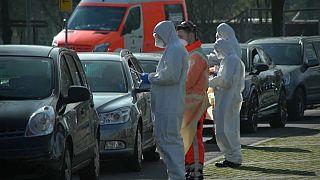 Los países europeos abogan por hacer pruebas más rápidas para detectar el coronavirus
