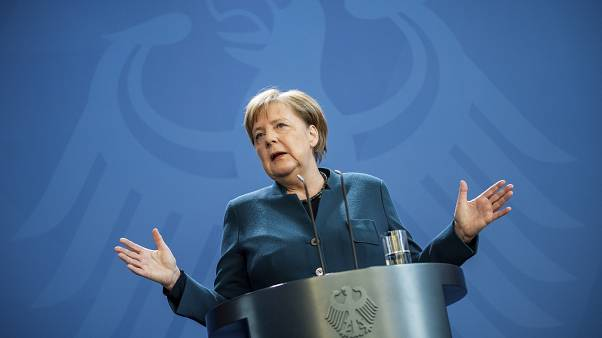 Angela Merkel német kancellár vasárnapi sajtótjákoztatóján