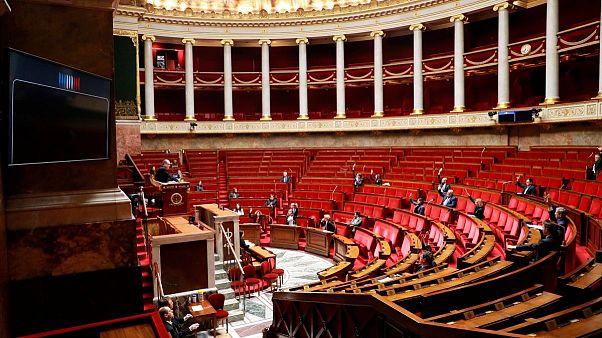 پارلمان فرانسه لایحه وضعیت  اضطراری سلامت را برای دو ماه تصویب کرد