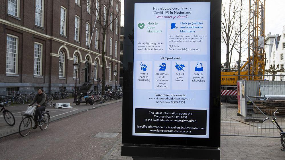 Coronavirus: la policía niega la afirmación de que la fuerza aérea holandesa estaba destinada a desinfectar las calles 1