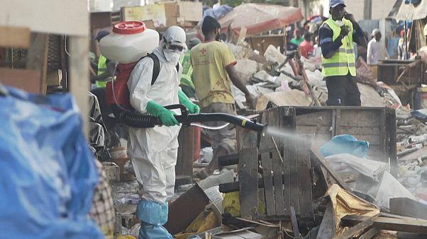 Mercado de Dakar encerrado devido à Covid-19