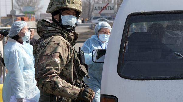 Блокпост в Алма-Ате.