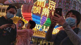 Macau anuncia mais cinco casos de coronavírus mas consegue controlar pandemia