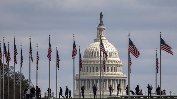 """ABD'de Demokrat Senatörlerden """"teşvik paketine"""" engel"""