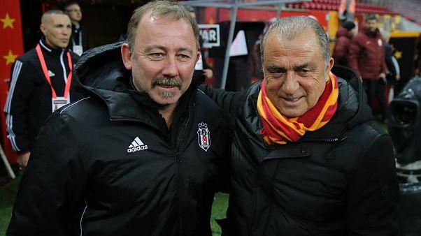 Fatih Terim'in koronavirüs testlerinin pozitif çıkmasından sonra Beşiktaş Teknik direktörü Sergen Yalçın ve siyah beyazlı ekip de test yaptırdı.