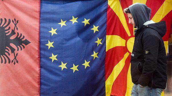 الاتحاد الأوروبي يشرع في محادثات  انضمام  جمهورية شمال مقدونيا و ألبانيا إلى التكتل