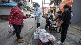 Comércio deverá ser progressivamente retomado em Hubei nos próximos dias