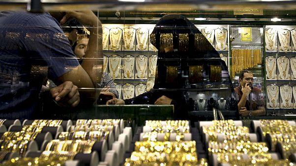 بانک مرکزی آمریکا ترمز طلا را برید؛ جهش ۱۱۶ دلاری فلز زرد در ۷ ساعت