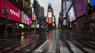 Times Square, en plein New York, comme on ne l'avait jamais vu, le 23 mars 2020
