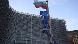 پرچم بلغارستان در برابر ساختمان شورای اتحادیه اروپا در بروکسل