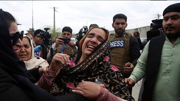 حمله به معبد سیکها در کابل دست کم ۲۵ قربانی گرفت؛ داعش مسئولیت حمله را پذیرفت