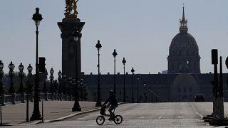 """Primeiro-ministro francês diz que """"o esforço será longo"""""""