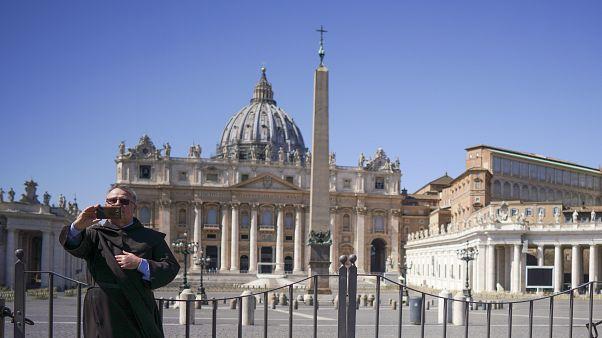 كورونا يقتل العشرات من كهنة الكنيسة في إيطاليا