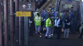 شاهد: فرنسا تحول عربات قطار سريع إلى وحدات عناية مركزة لنقل مصابين بكورونا