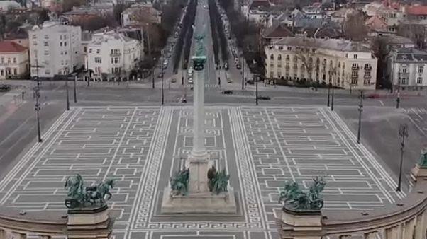 Drónfelvételek az üres Budapestről