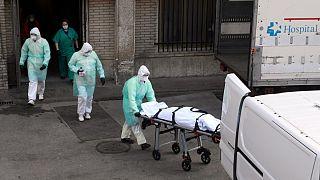 Fransa'da hiçbir hastalığı olmayan 16 yaşındaki genç kız Covid-19'dan hayatını kaybetti