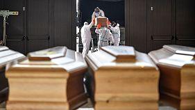 قرنطینه فرانسه دو هفته تمدید شد؛ شمار جانباختگان کرونا در جهان از ۲۶ هزار نفر گذشت