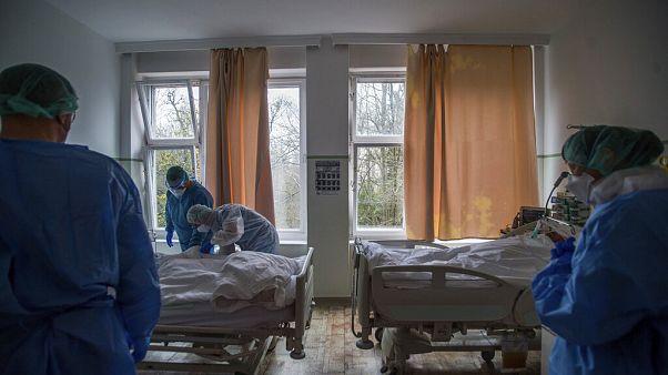 Koronavírusos páciensek kezelése az Országos Korányi Pulmonológiai Intézetben, Budapesten