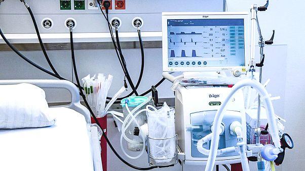 Suni solunum cihazı Covid-19 hastaları için neden önemli? Nasıl çalışıyor?