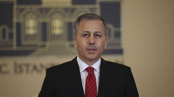 İstanbul Valisi Ali Yerlikaya, basın toplantısı düzenleyerek, koronavirüsle mücadele kapsamında yürütülen çalışmalar hakkında bilgi verdi