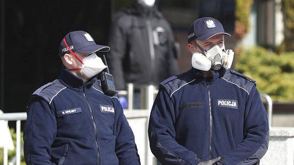 Kreatív rendőrök járvány idején