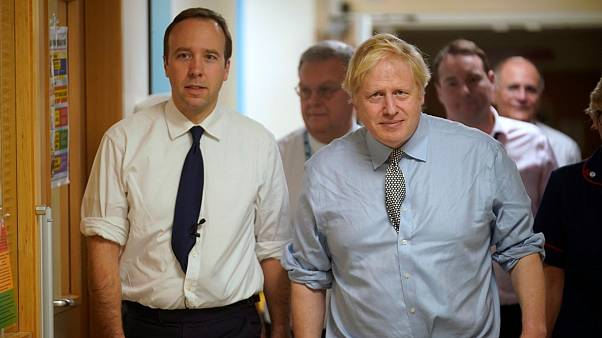 نخستوزیر و وزیر بهداشت بریتانیا به ویروس کرونا مبتلا شدند
