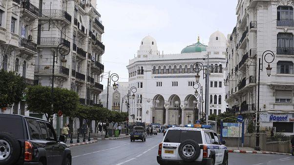 موقع الاحتجاجات الأسبوعية التي علقت وسط الجزائر لمكافحة انتشار وباء كوفيد-19 - 2020/03/20