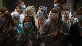 En Île-de-France, nouvel épicentre de l'épidémie de Covid-19, les hôpitaux saturent