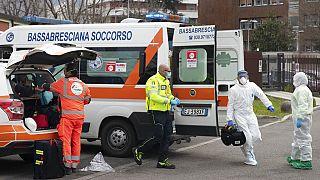 COVID-19: Δραματική αύξηση θυμάτων στην Ιταλία - 969 θάνατοι το τελευταίο 24ωρο