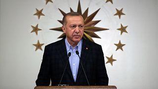 Erdoğan salgınla mücadelede yeni tedbirler açıkladı
