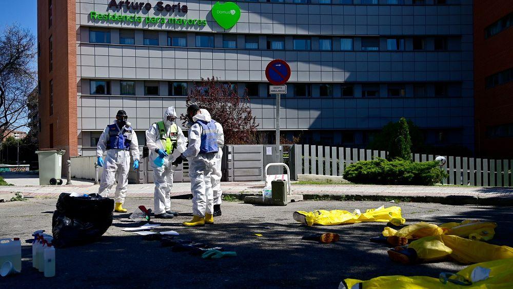 España informa un número récord de muertes por COVID-19 con 832 nuevas muertes en 24 horas 49