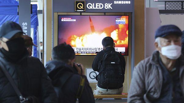 کره شمالی احتمالا دو موشک بالستیک شلیک کرده است