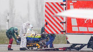 کرونا در ۲۴ ساعت گذشته؛ شمار مبتلایان در جهان از مرز ۷۰۰ هزار نفر گذشت