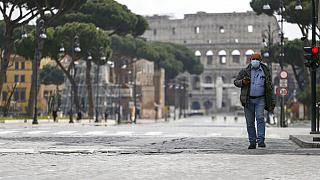Italia, contagio rallenta timidamente ma il trend è tutt'altro che consolidato