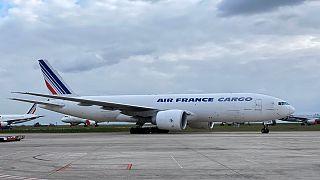 پنج و نیم میلیون ماسک سفارشی فرانسه از چین رسید