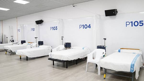 Camas vacías en el hospital Vall d'Hebron de Barcelona