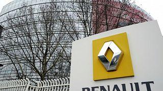 Renault koronavirüs salgını nedeni ile Çin ve Güney Kore hariç tüm fabrikalarında üretimi durdurdu