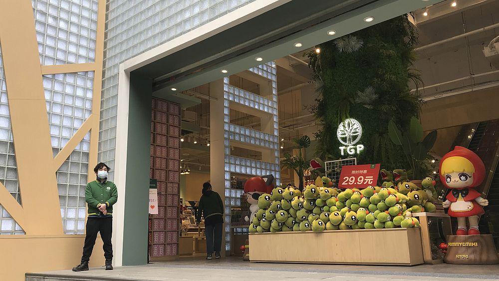 Wuhan, la zona cero de China COVID-19, vuelve a abrir sus puertas 19