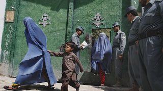 کرونا در افغانستان: زنان در زندان هرات شورش کردند