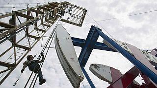 طرح روسیه برای حذف نفت شیل آمریکا؛ آیا قیمت ۶۰ دلاری به بازار برمیگردد؟