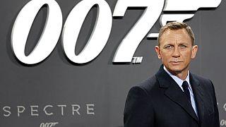"""52 yaşındaki İngiliz aktör Daniel Craig """"007 serisinin"""" 6. James Bond'u"""