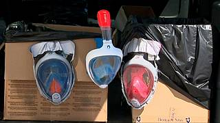 Los médicos se movilizan por las máscaras de buceo de Decathlon