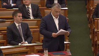 Alle Macht für Orban: Parlament in Budapest billigt umstrittenes Notstandsgesetz