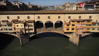 Drone images show popular tourist hotspots in Europe deserted amid coronavirus lockdown